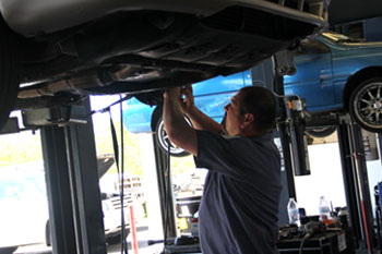 Transmission Fluid Change Service - Metro Transmission and